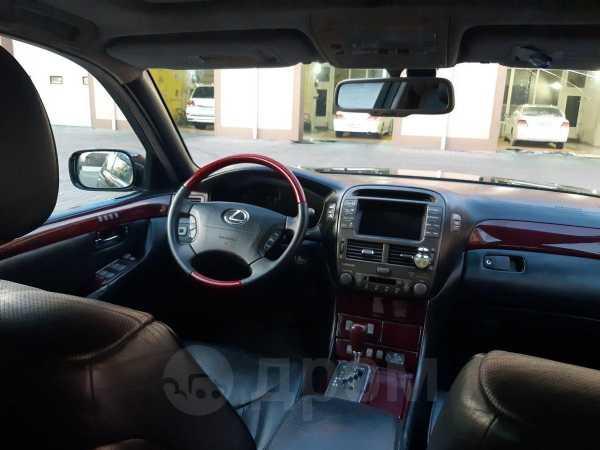 Lexus LS430, 2002 год, 500 000 руб.