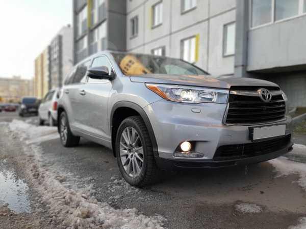 Toyota Highlander, 2014 год, 1 690 000 руб.