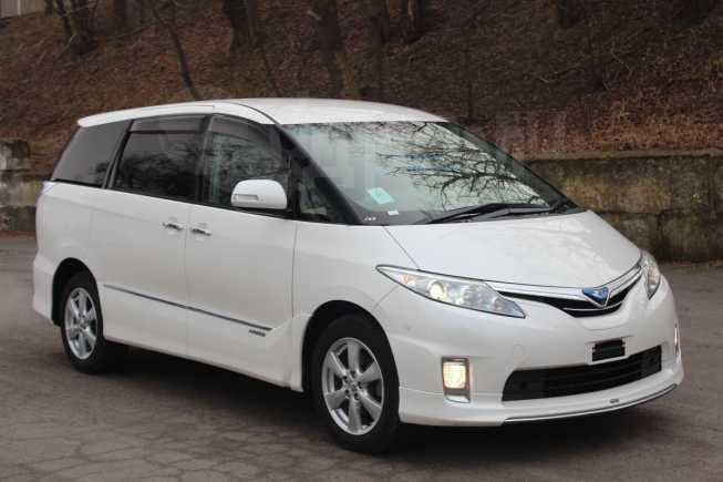 Toyota Estima, 2010 год, 590 000 руб.
