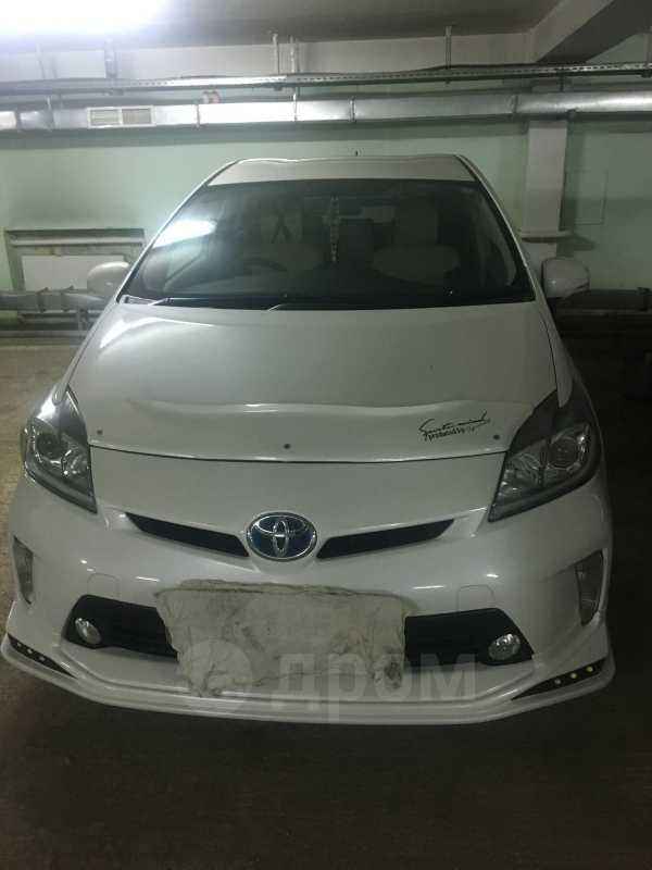 Toyota Prius, 2013 год, 900 000 руб.