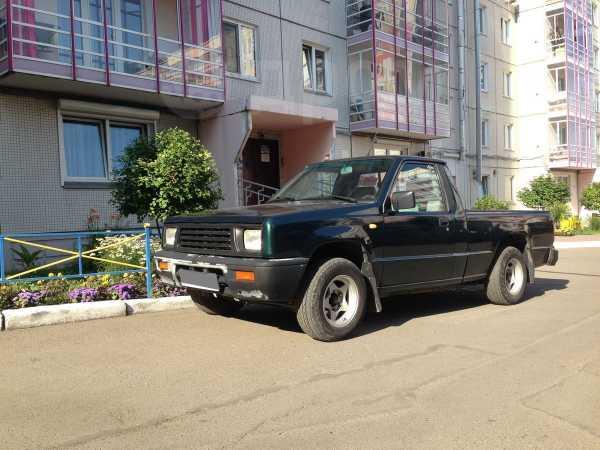 Mitsubishi Triton, 1993 год, 499 999 руб.