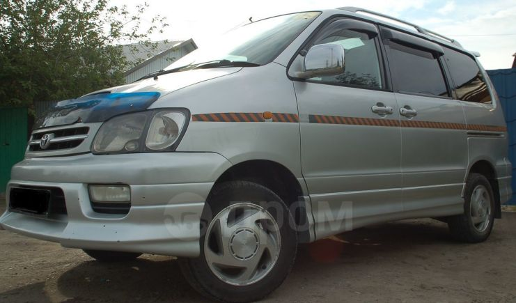 Toyota Town Ace Noah, 1999 год, 330 000 руб.