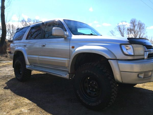 Toyota Hilux Surf, 2001 год, 460 000 руб.