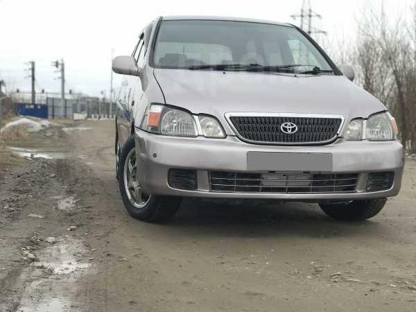 Toyota Gaia, 2001 год, 300 000 руб.
