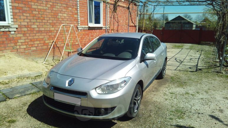 Renault Fluence, 2011 год, 370 000 руб.