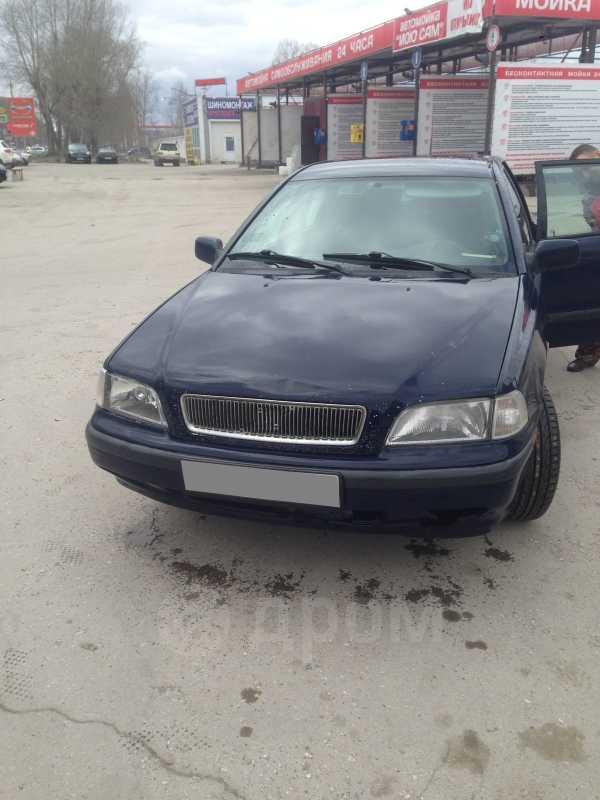 Volvo V40, 1998 год, 99 900 руб.