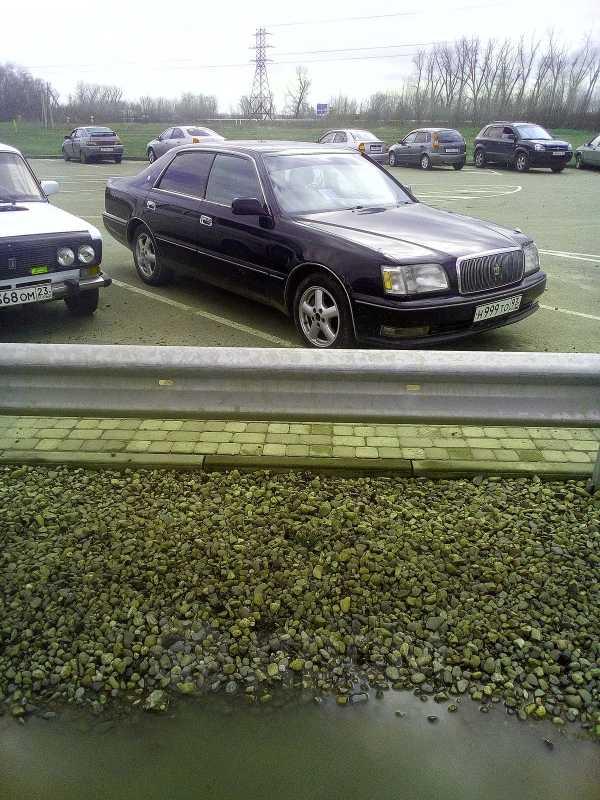Toyota Crown Majesta, 1998 год, 300 000 руб.