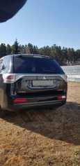 Mitsubishi Outlander, 2013 год, 920 000 руб.