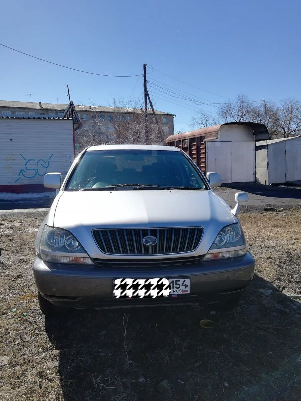 Toyota Harrier, 1999 год, 485 000 руб.