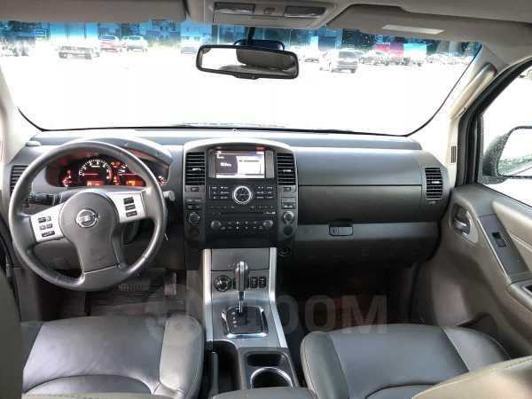 Nissan Navara, 2012 год, 1 540 000 руб.