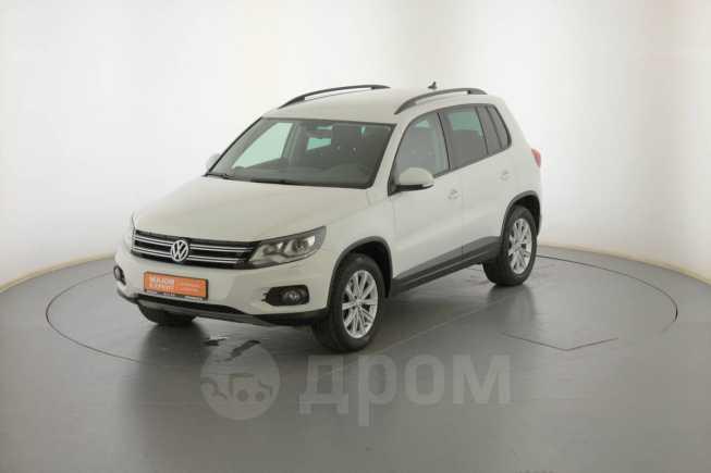 Volkswagen Tiguan, 2014 год, 1 035 000 руб.