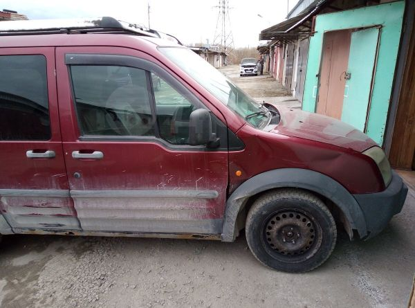 Ford Tourneo Connect, 2005 год, 180 000 руб.