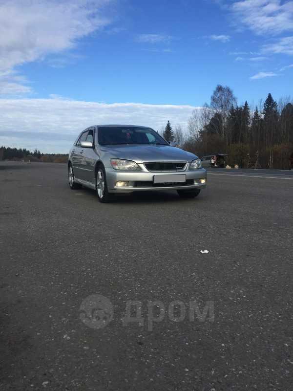 Toyota Altezza, 2001 год, 340 000 руб.