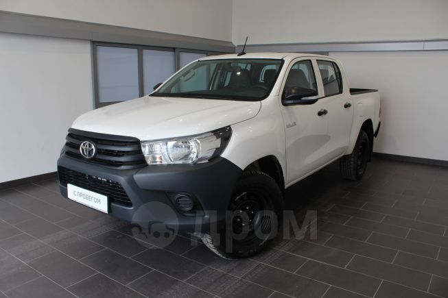 Toyota Hilux Pick Up, 2017 год, 1 700 000 руб.