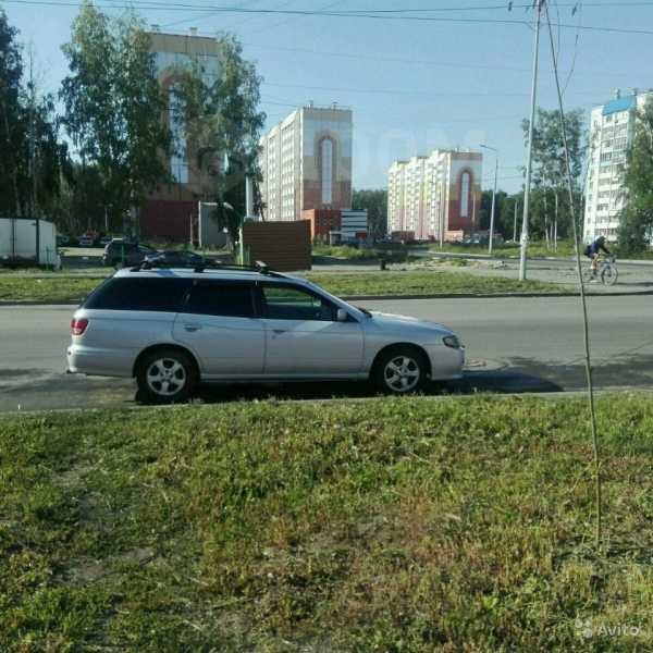 Nissan Avenir, 2002 год, 195 000 руб.