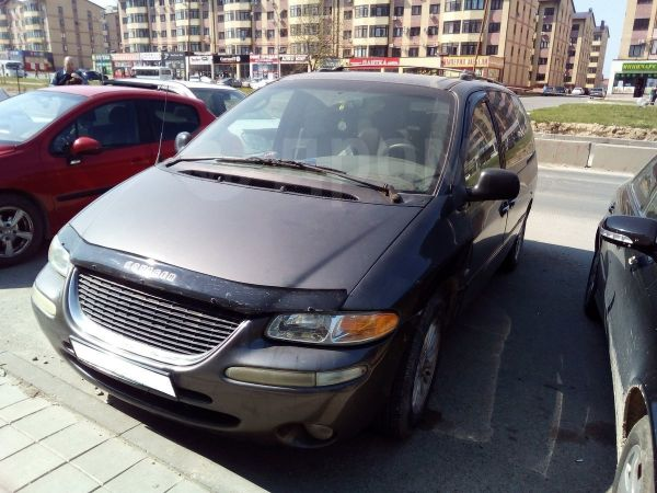 Chrysler Town&Country, 1999 год, 250 000 руб.