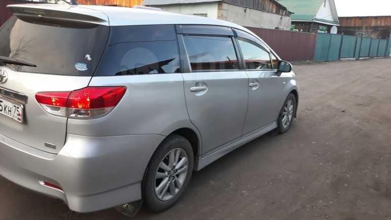 Toyota Wish, 2011 год, 750 000 руб.
