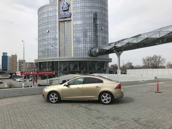 Volvo S60, 2010 год, 695 000 руб.