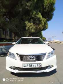 Алушта Toyota Camry 2014
