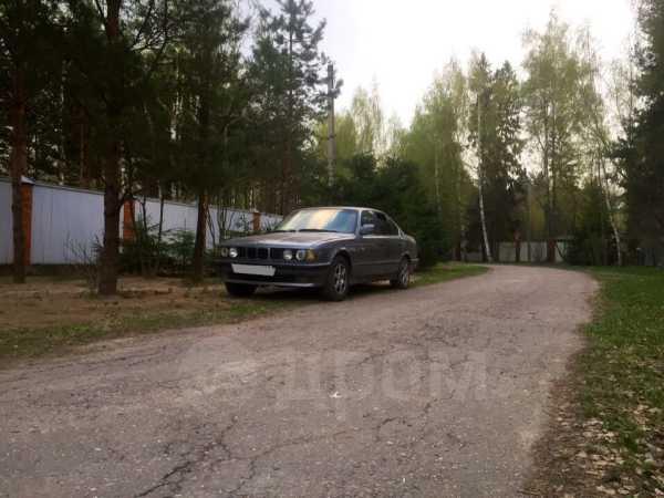 BMW 5-Series, 1992 год, 90 000 руб.