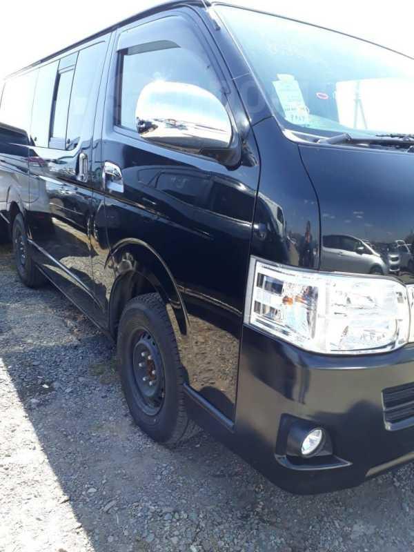 Toyota Hiace, 2013 год, 1 650 000 руб.