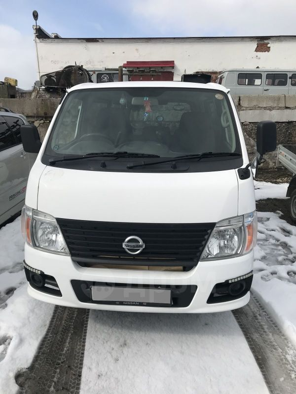 Nissan Caravan, 2009 год, 690 000 руб.