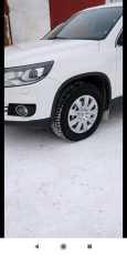 Volkswagen Tiguan, 2012 год, 950 000 руб.