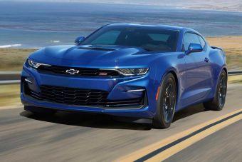 Более доступная версия с V8 и возможность выбора 10-скоростного «автомата» для машины с 3,6-литровым V6: все для американского народа