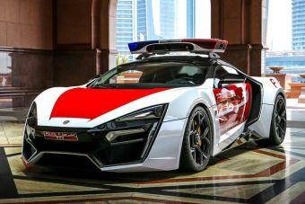 Полиция Абу-Даби обзавелась арабским суперкаром Lykan