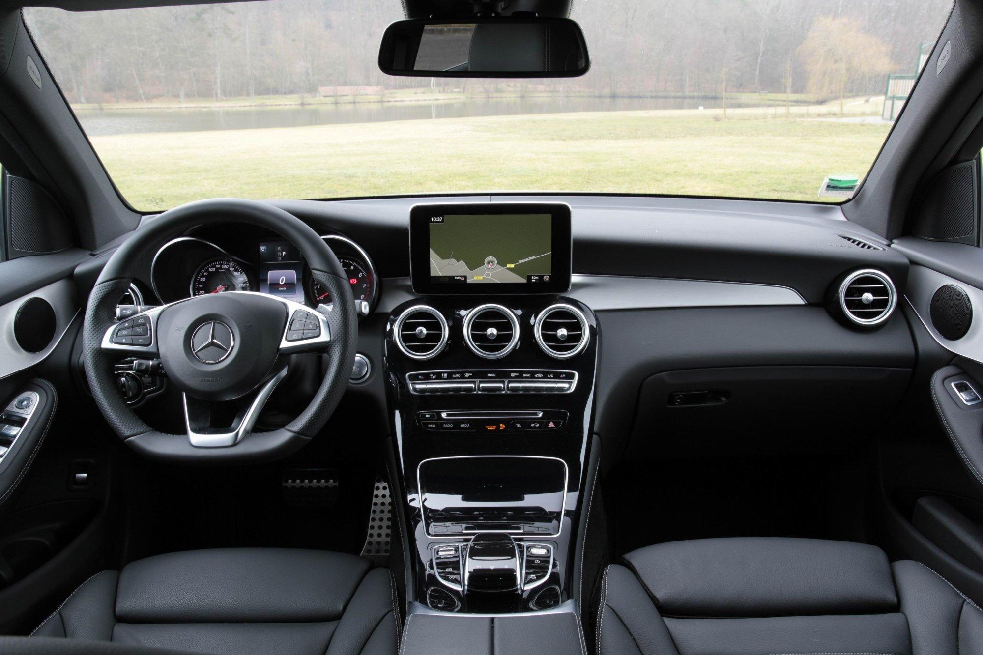 Mercedes-Benz GLC после модернизации подорожал
