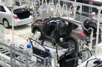 Toyota по-прежнему будет выпускать в России только Camry и RAV4