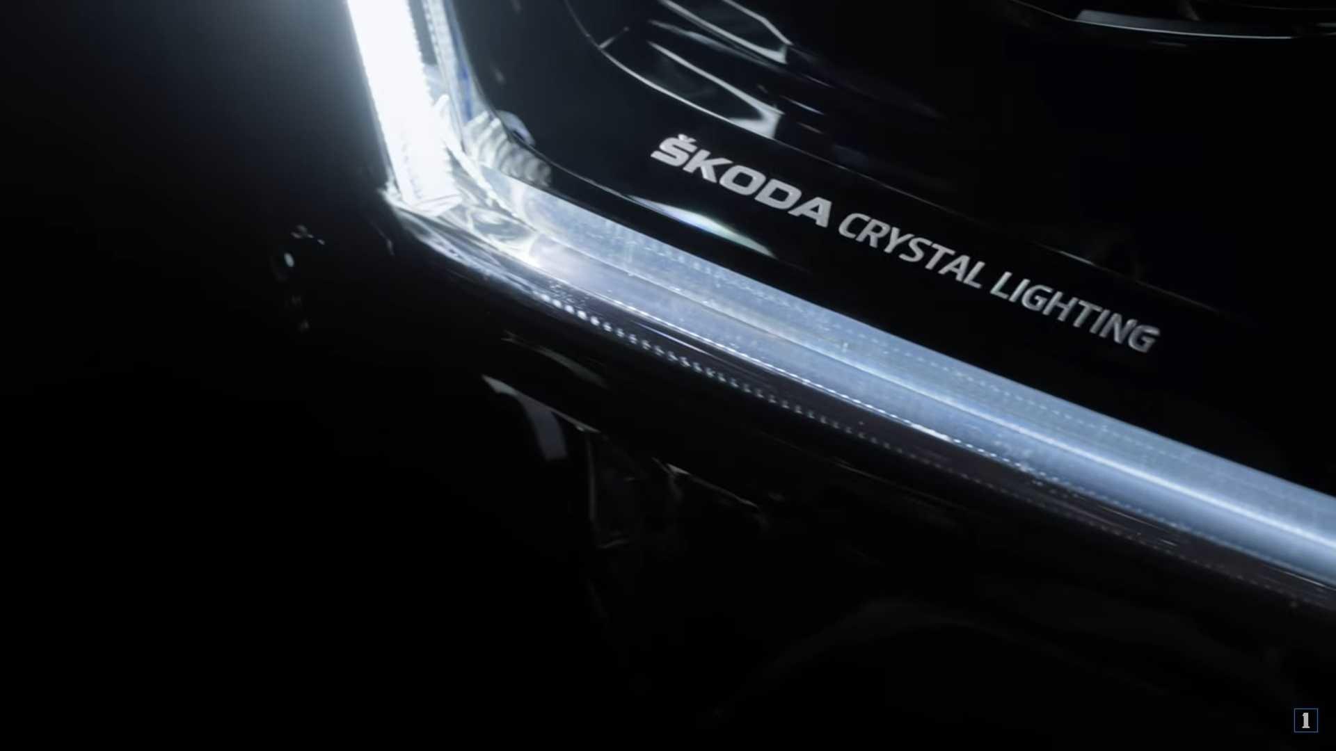 Обновленная Skoda Superb удивит прогрессивной светотехникой