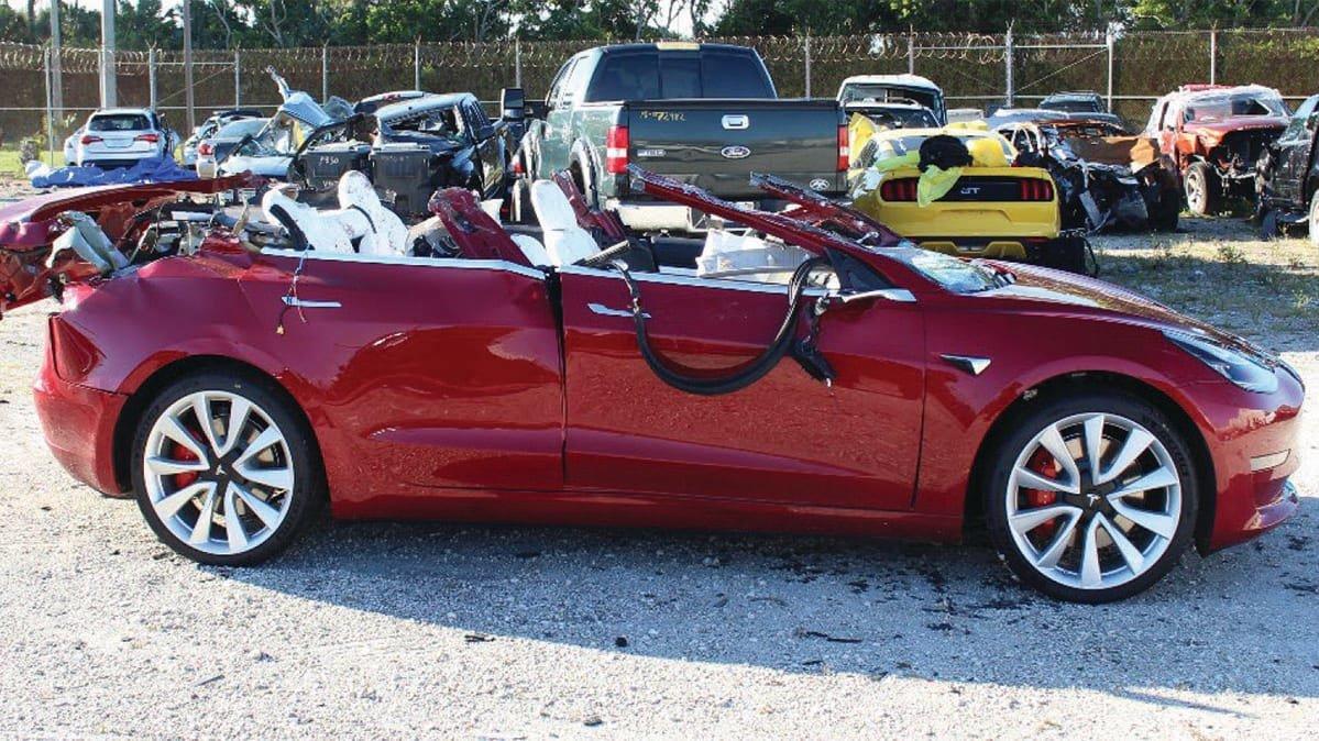 10 секунд потребовалось «автопилоту» Tesla Model 3, чтобы попасть в автокатастрофу