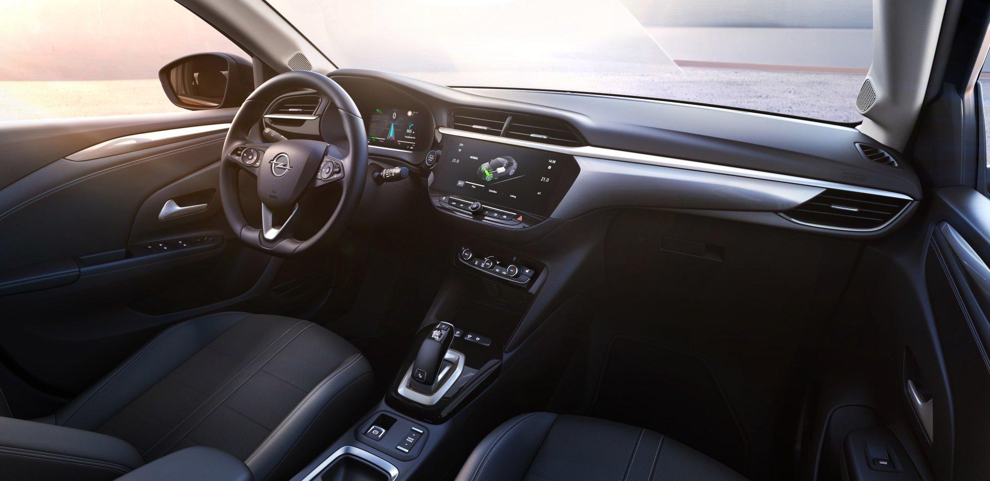 Новое поколение Opel Corsa начало путь с электромобиля