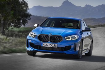 BMW 1-Series перестала быть белой вороной в компактном сегменте