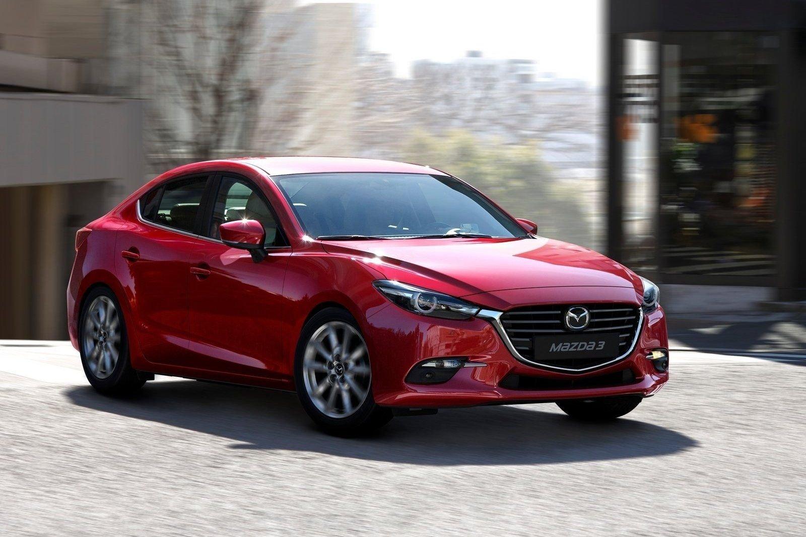 Mazda отзывает в России 1678 автомобилей
