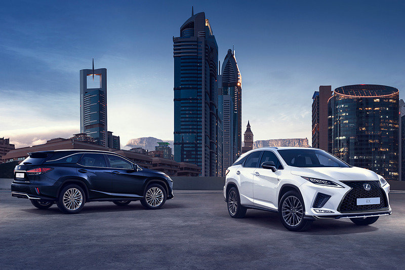 Обновленный Lexus RX: новые бамперы и более жесткий кузов