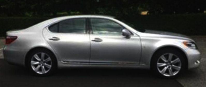 Lexus LS600h 2010 - отзыв владельца