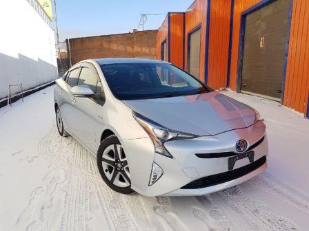 Toyota Prius 2016 - отзыв владельца