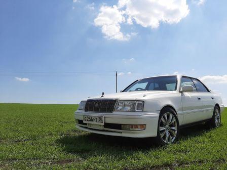 Toyota Crown 1997 - отзыв владельца