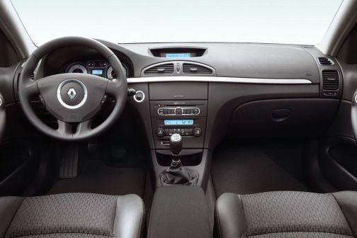 Renault Laguna 2007 - отзыв владельца