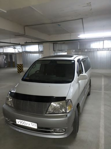 Toyota Granvia, 2000