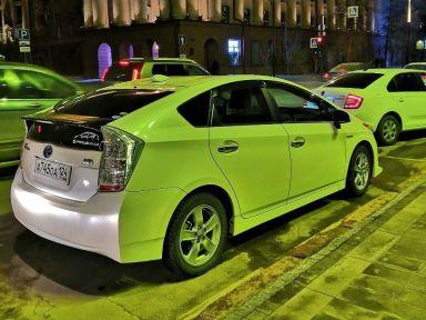 Toyota Prius 2011 отзыв автора | Дата публикации 19.10.2018.