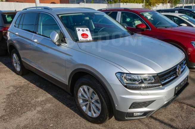 Volkswagen Tiguan, 2019 год, 2 056 400 руб.