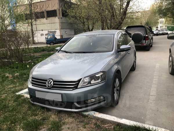 Volkswagen Passat, 2011 год, 649 000 руб.