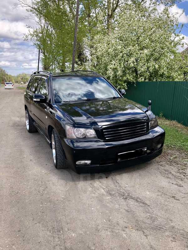 Toyota Kluger V, 2001 год, 670 000 руб.