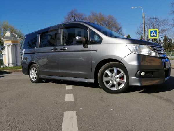 Honda Stepwgn, 2011 год, 1 055 000 руб.