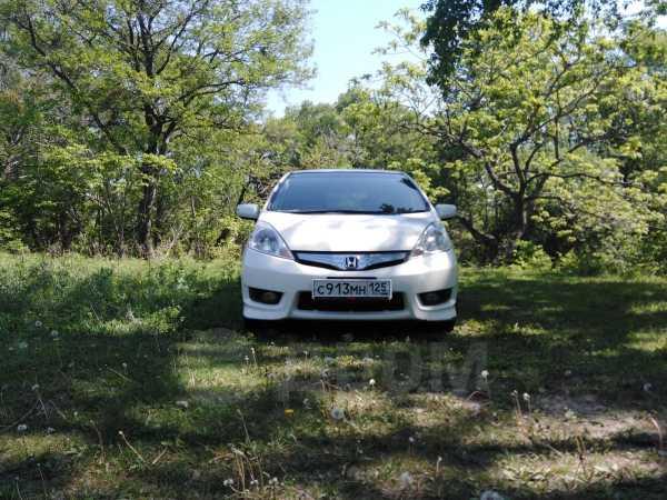 Honda Fit Shuttle, 2011 год, 525 000 руб.