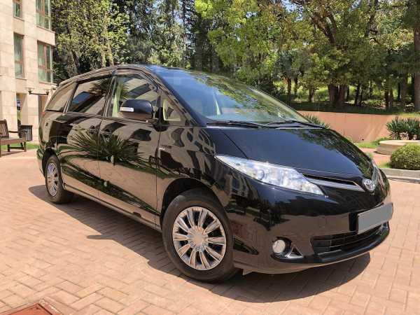 Toyota Previa, 2013 год, 1 545 000 руб.
