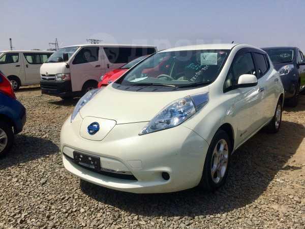 Nissan Leaf, 2012 год, 389 000 руб.